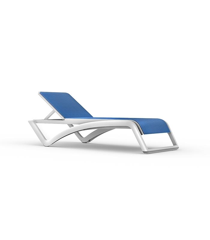 Chaise longue sky resol for Bain de soleil marina bleu