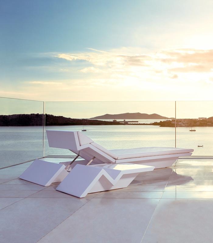 chaise longue moderne rest. Black Bedroom Furniture Sets. Home Design Ideas